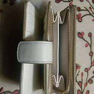 Coach Bags - Small Coach Womens wallet